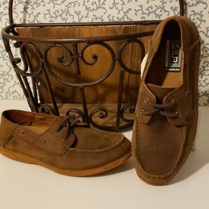 NWOT ARIAT BROWN LEATHER SLIP ONS